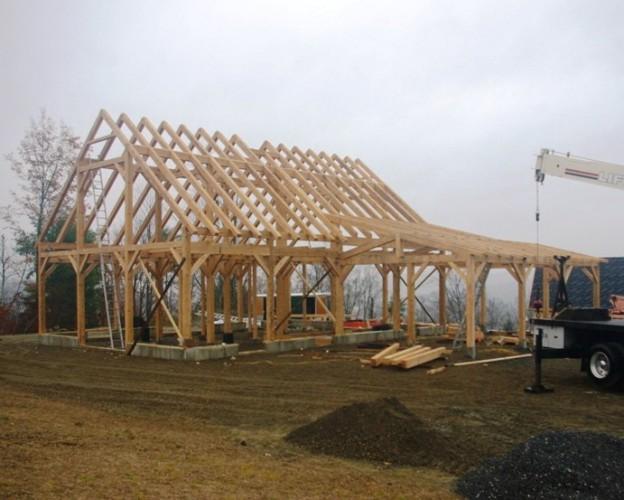 post-and-beam-horse-barn
