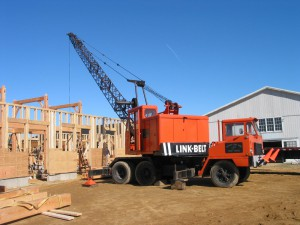 barns-Kenney-Stable-raising-Crane