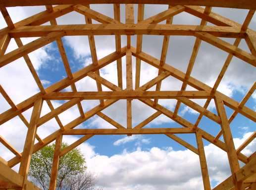 King Post Truss in the Middle of the Barn