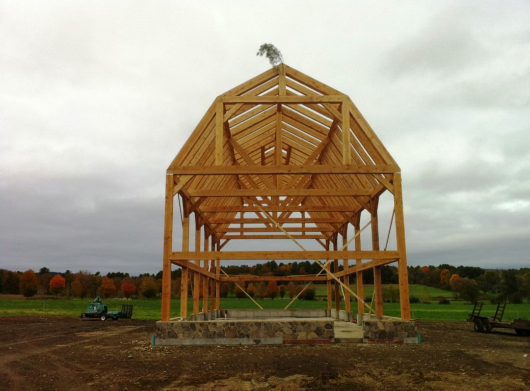 Gambrel barn frame post beam construction for Post beam barn plans