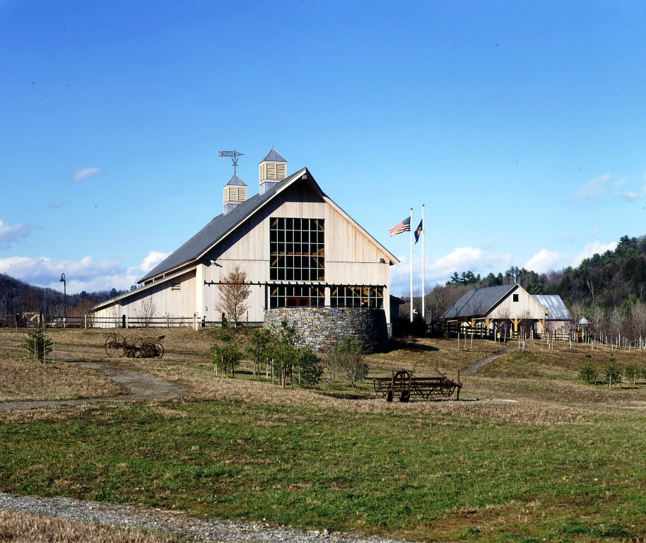 Southeastern VT Welcome Center | Hand Hewn Timber Frame Barn