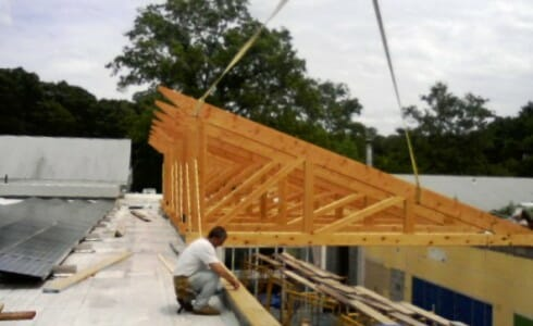 Installing Timber Trusses