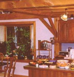 Interior Kitchen Design in a Post & Beam Home