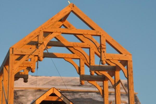 Vermont Timber Works hammer beam blackwood barn