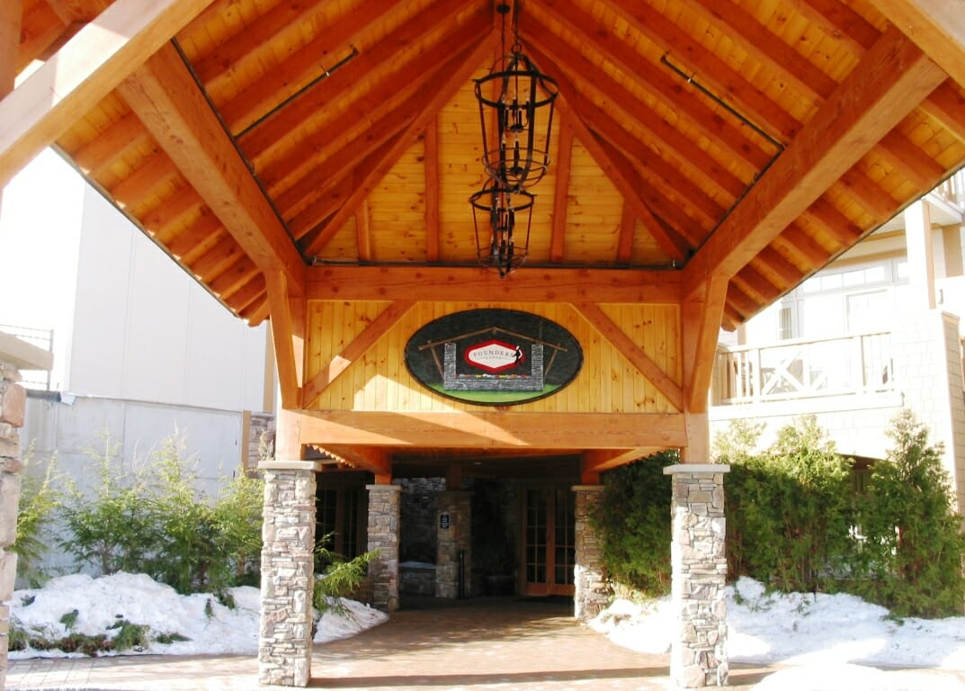 Post and Beam Porte Cochere