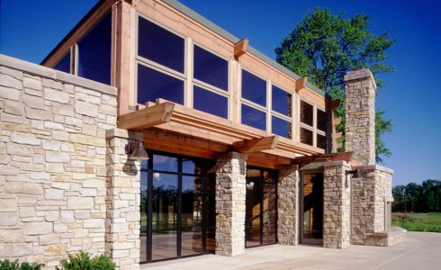 Beautiful Stone and Timber Building at Citizen's Park