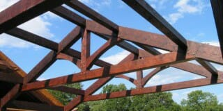 What is a Modified King Post Truss, and How Does it Work?