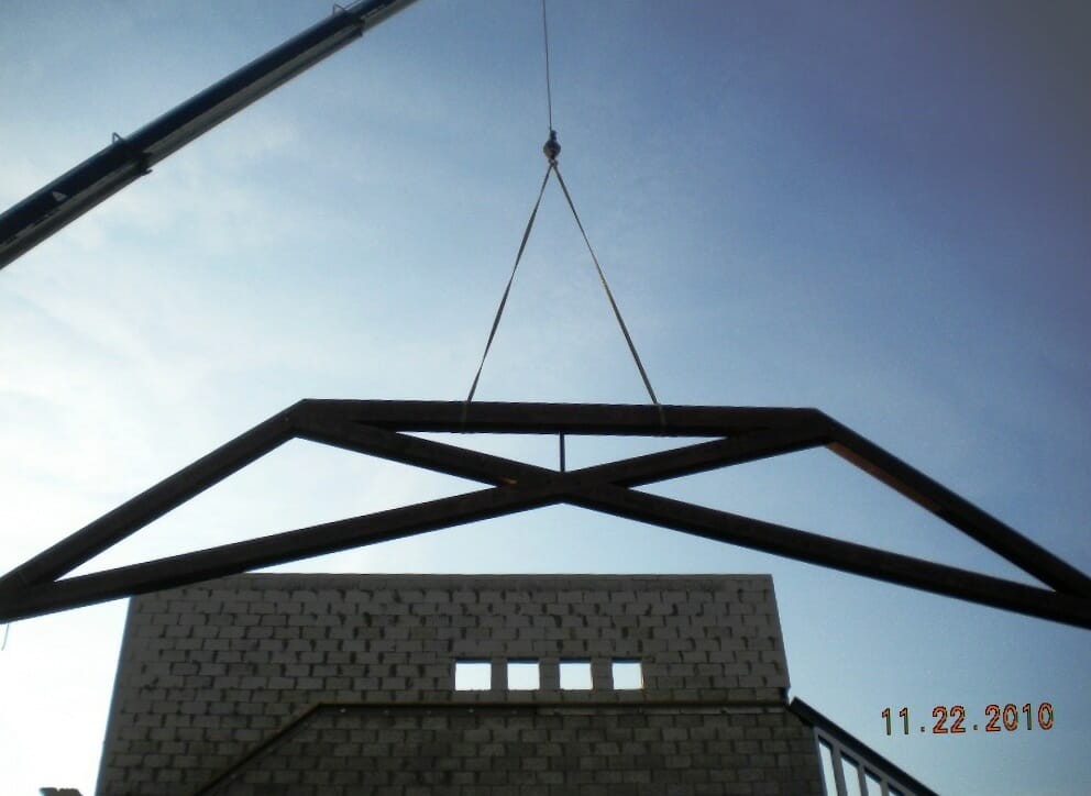 Raising a Modified Scissor Truss