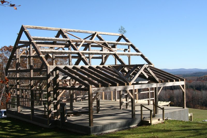 Timber frame craftmanship timber frame roof structures for Post and beam construction plans