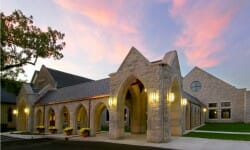 churches-christ-episcopal-church-cloister-exterior-missouri2
