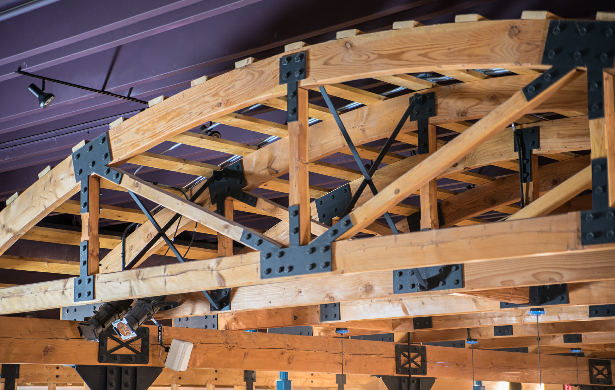 Steel connections for timber frames gusset plates