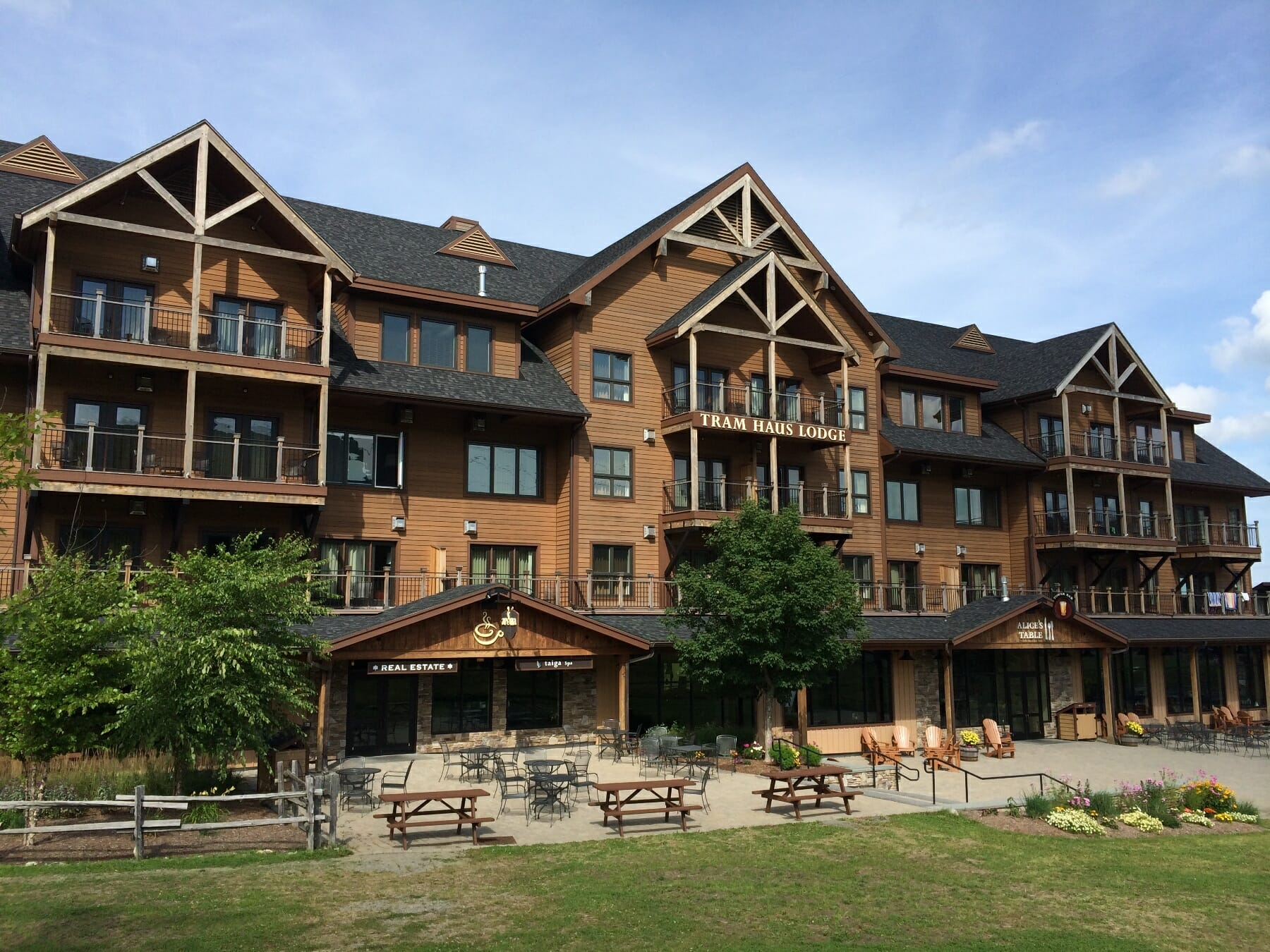 public timber frames to visit jay peak resort