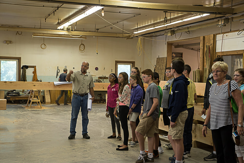 students-in-the-shop