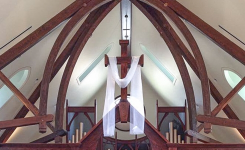 Trusses above the alter in St. Andrews Church