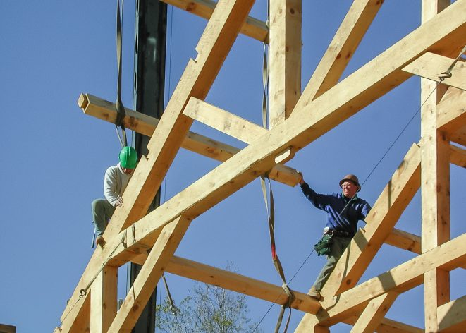 Timber Frame Assembly & Raising & Installing Purlins